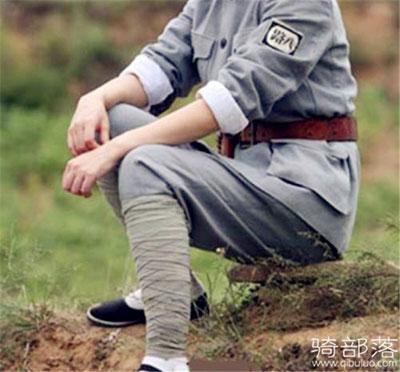 红军时期行军的打绑腿