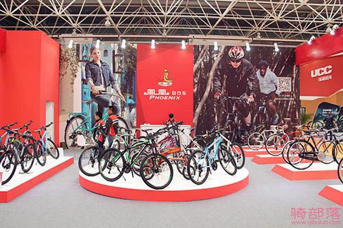 凤凰三大系列自行车参展昆山2015亚洲自行车博览会
