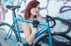 妹子这一身装备骑自行车刷街回头率高吗? 图17