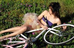 死飞与美女:骑死飞自行车妹子写真