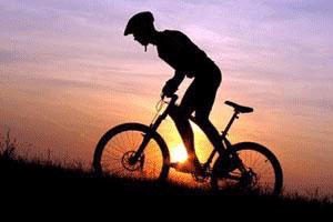 山地自行车上下坡骑行时的技巧