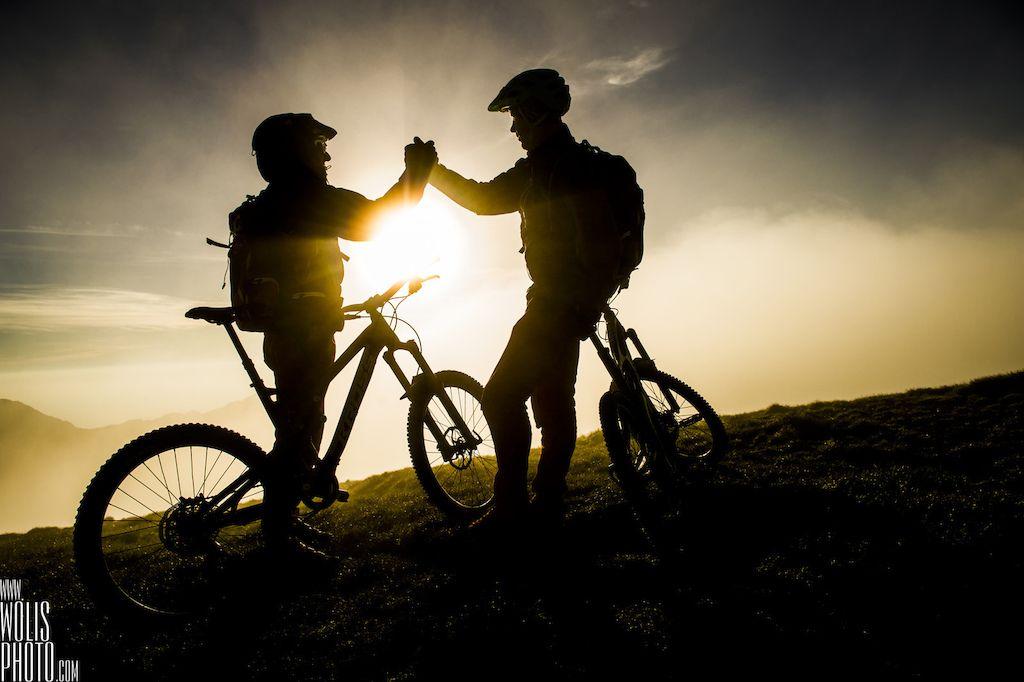 自行车极限运动:高山自行车越野美景实拍图 图8