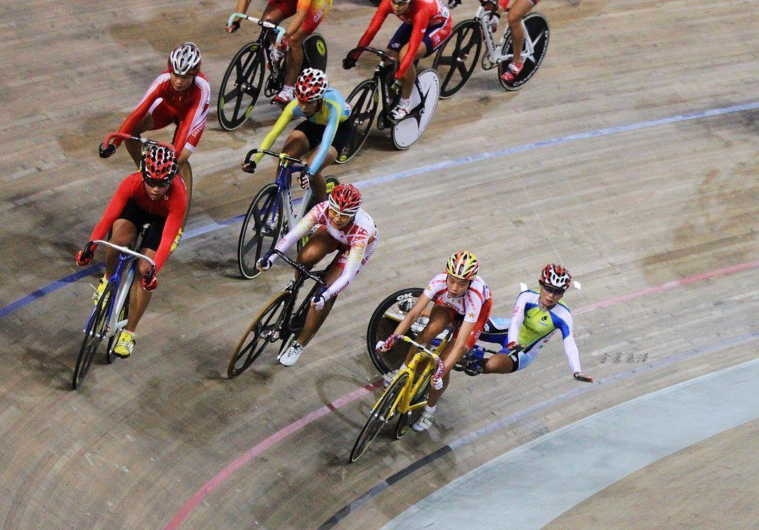 场地自行车比赛现场图片分享 图2