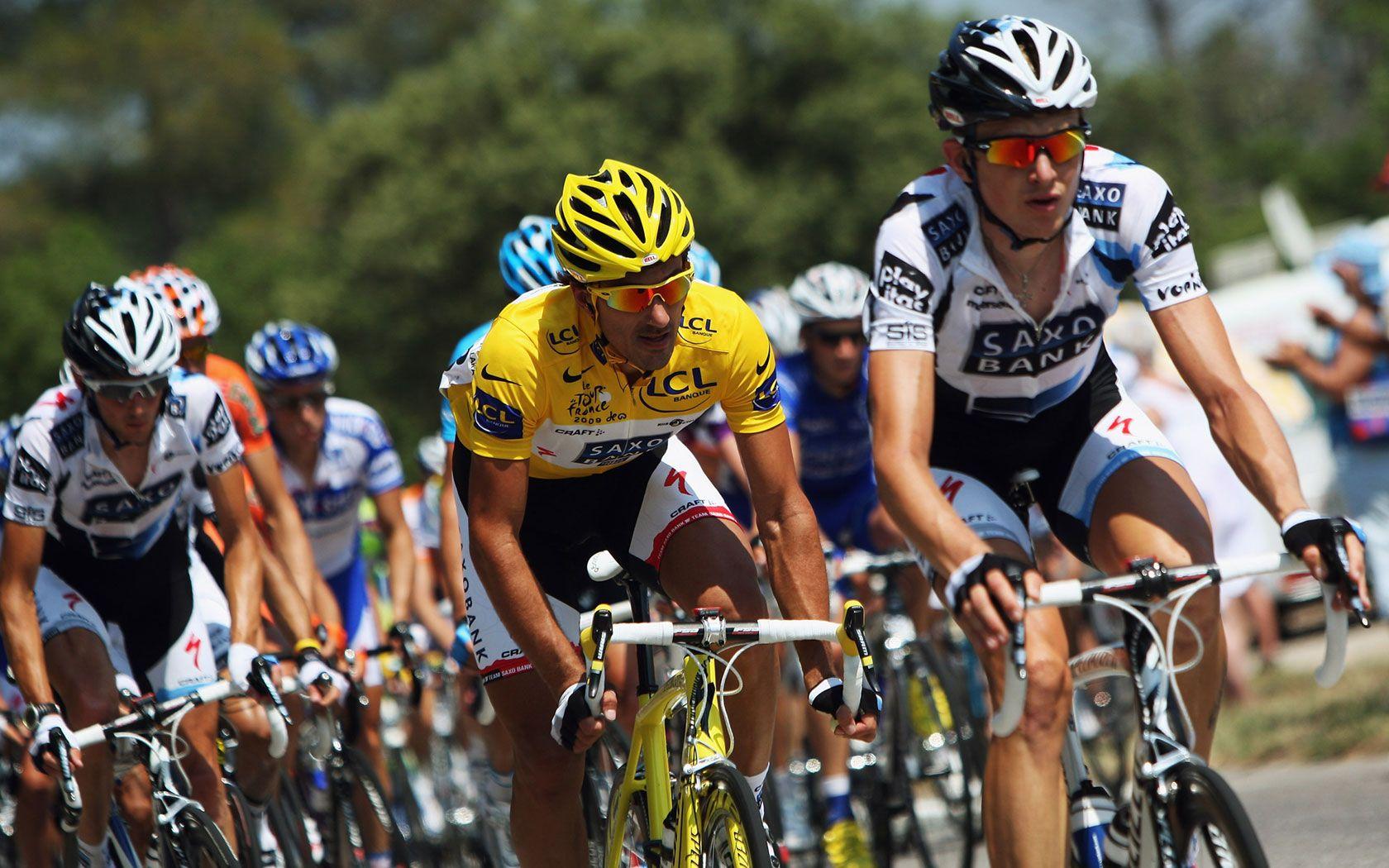 走进环法赛:环法自行车比赛现场图片分享 图2