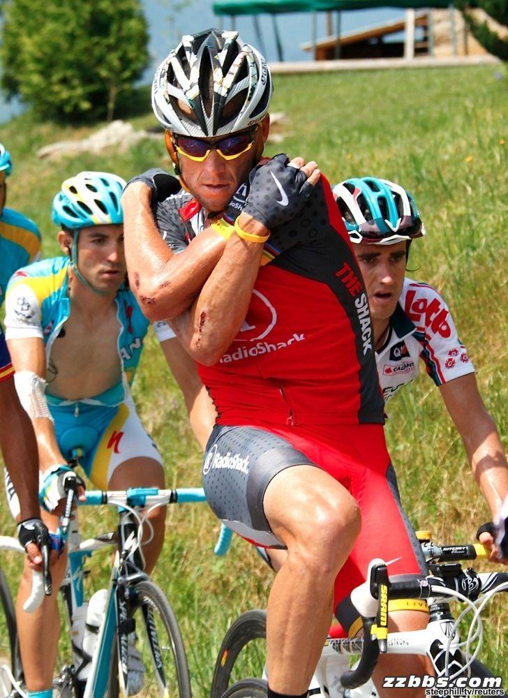 走进环法赛:环法自行车比赛现场图片分享 图4