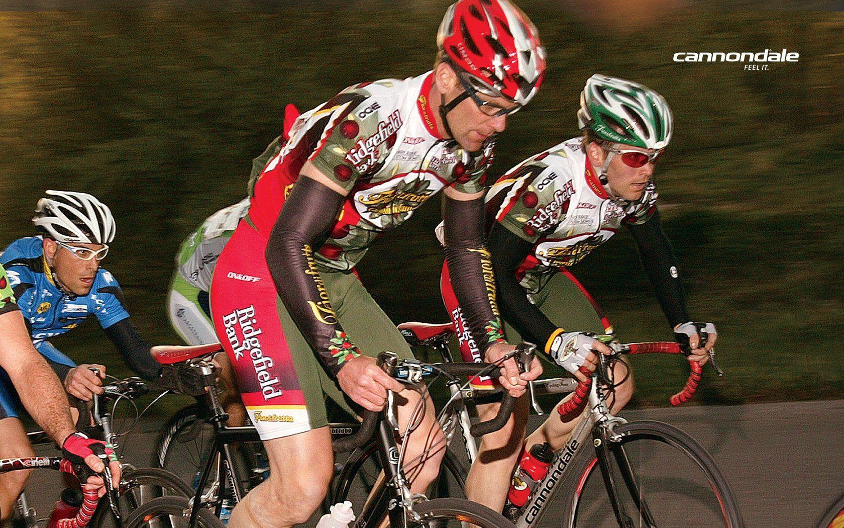 走进环法赛:环法自行车比赛现场图片分享 图7