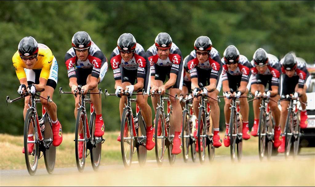 走进环法赛:环法自行车比赛现场图片分享 图10