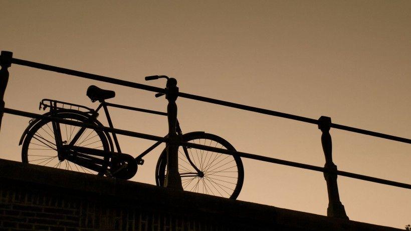 老式自行车唯美图片与情侣唯美意境图片分享 图16
