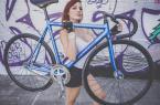 妹子这一身装备骑自行车刷街回头率高吗?